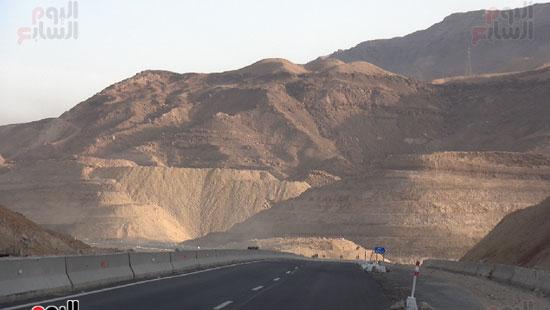 طريق الزعفرانة