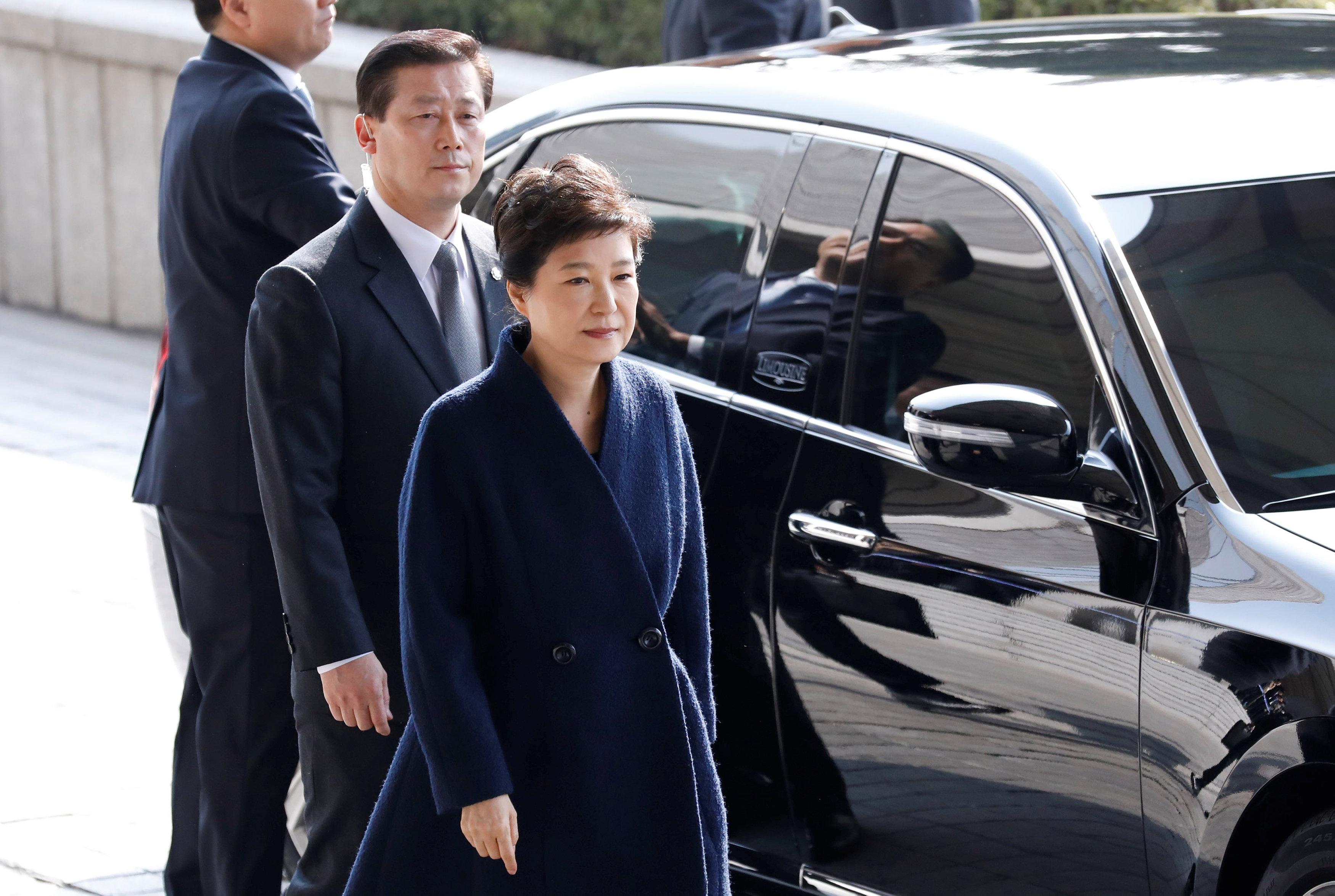 وصول رئيسة كوريا الجنوبية باك جون هاى لمكتب ممثل الإدعاء