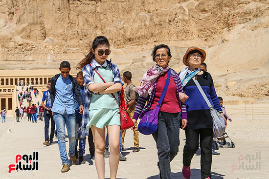 جنسيات مختلفة تزور معبد  حتسبشوت