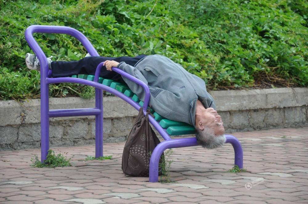 еще спящий человек смешные фото входе зал