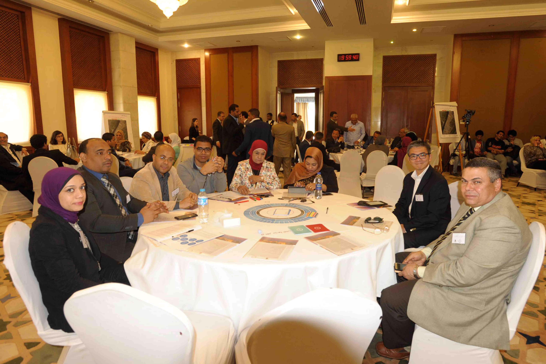 3- جانب من حضور فعاليات الورشة لإختيار الاقصر ضمن 100 مدينة مرنة حول العالم