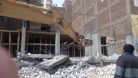 إزالة مباني مخالفة بحي شرق أسيوط (6)