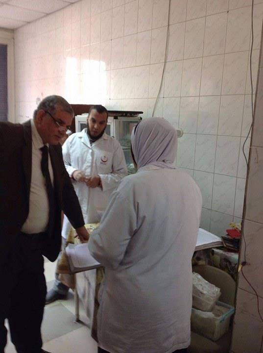 مرور فريق الاشراف بالمديرية على مستشفى قويسنا المركزى (1)