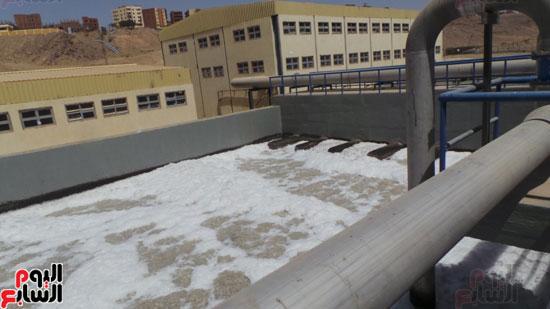 أحواض المعالجة بالمحطة