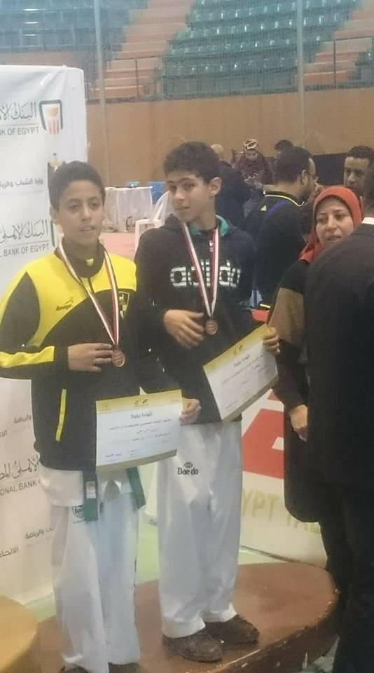 مركز شباب القنطرة غرب يحصد 5 ميداليات ذهبية فى بطولة الجمهورية للتايكوندو (6)