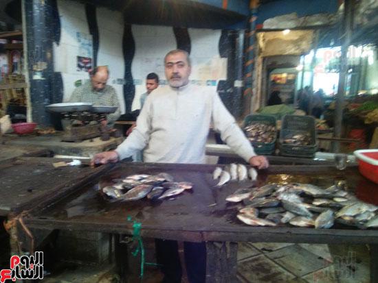 ابراهيم المصري بائع سمك