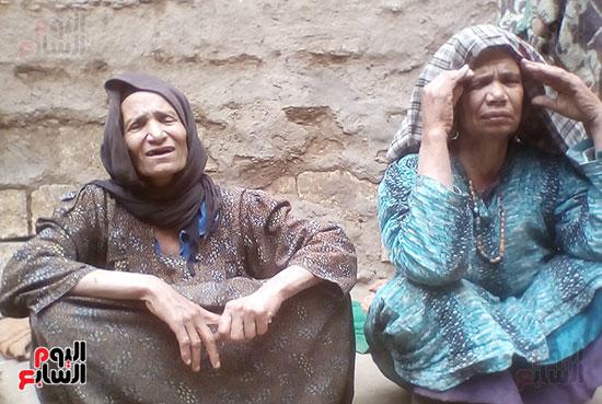 صورة الشقيقتين أثناء الحوار مع اليوم السابع
