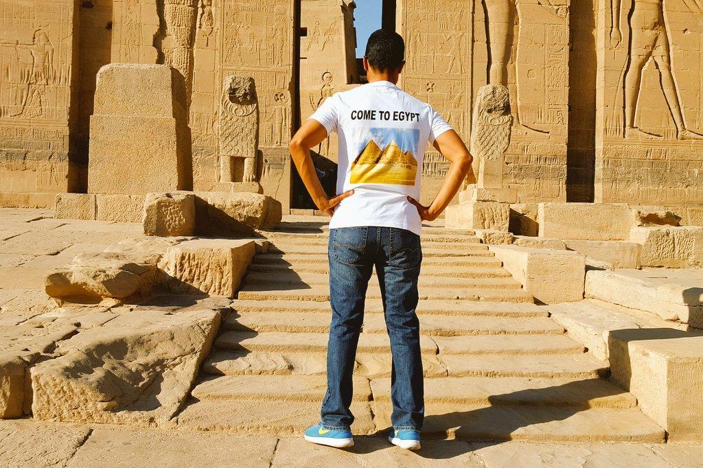 خالد النبوى يدعو السياح لزيارة مصر من أسوان (3)