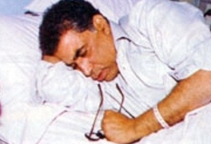 احمد زكى أثناء علاجه