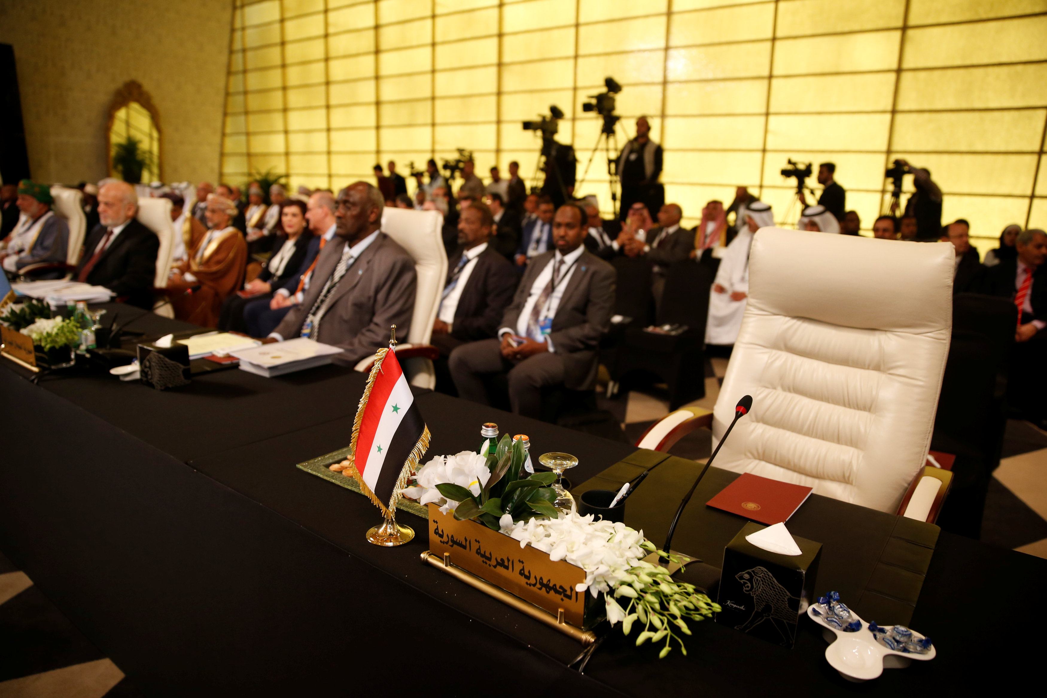 المقعد السوري في القمة العربية خالي