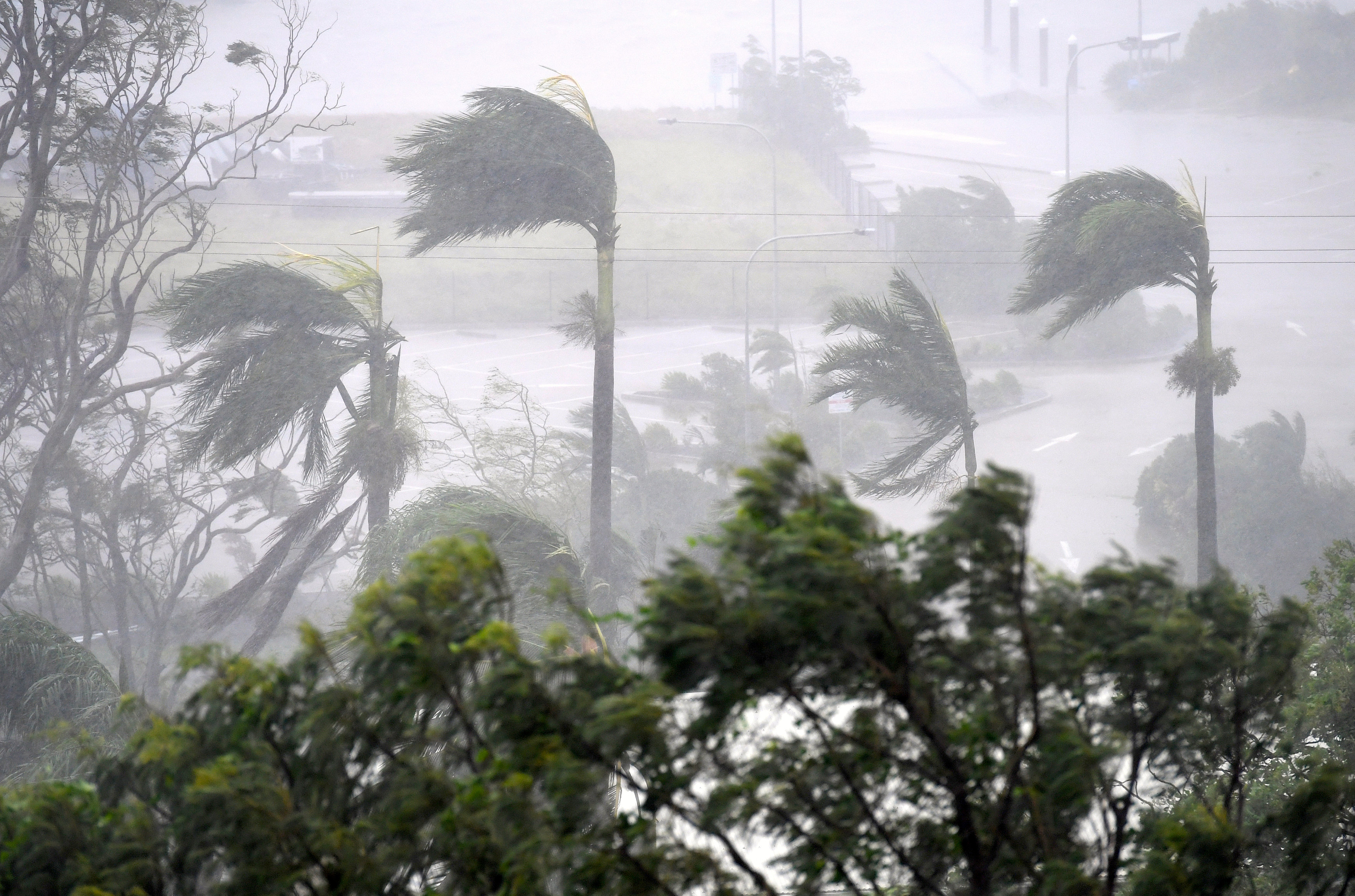 اعصار ديبى