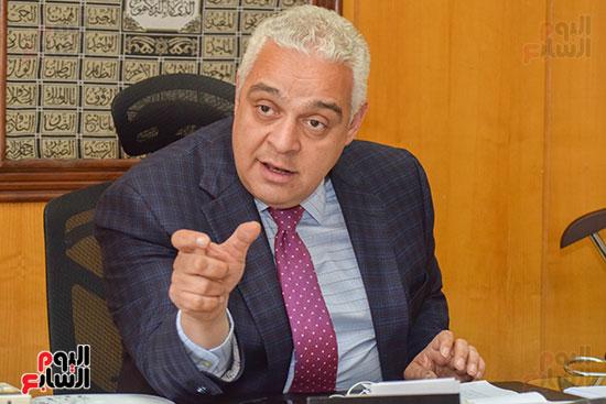 السفير ياسر النجار رئيس مجلس إدارة الشركة القابضة للصناعات الكيماوية (5)