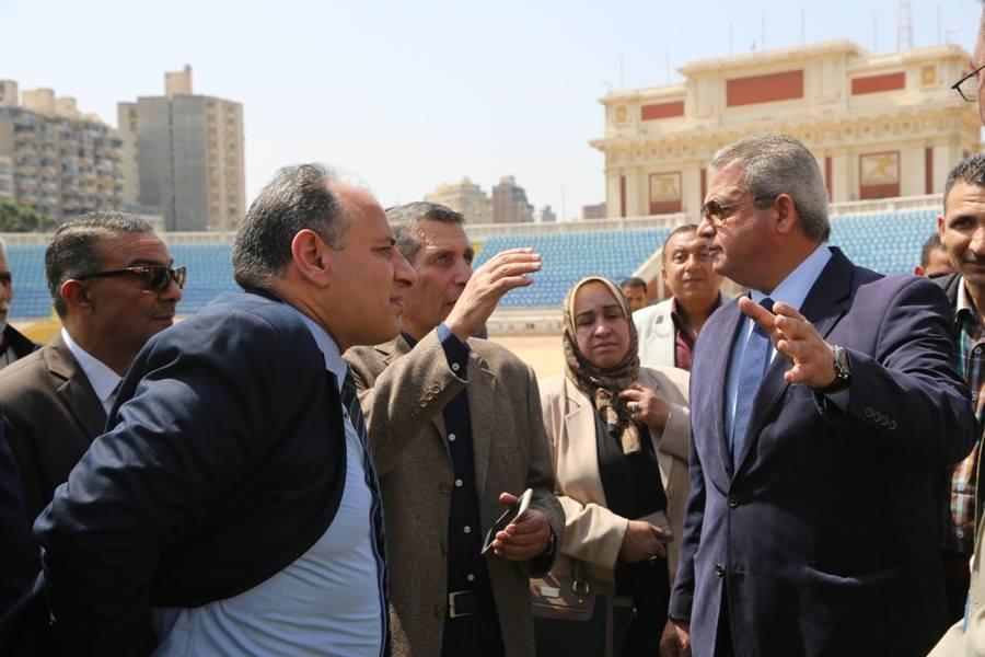 تفقد الاعمال الانشائية باستاد الاسكندرية