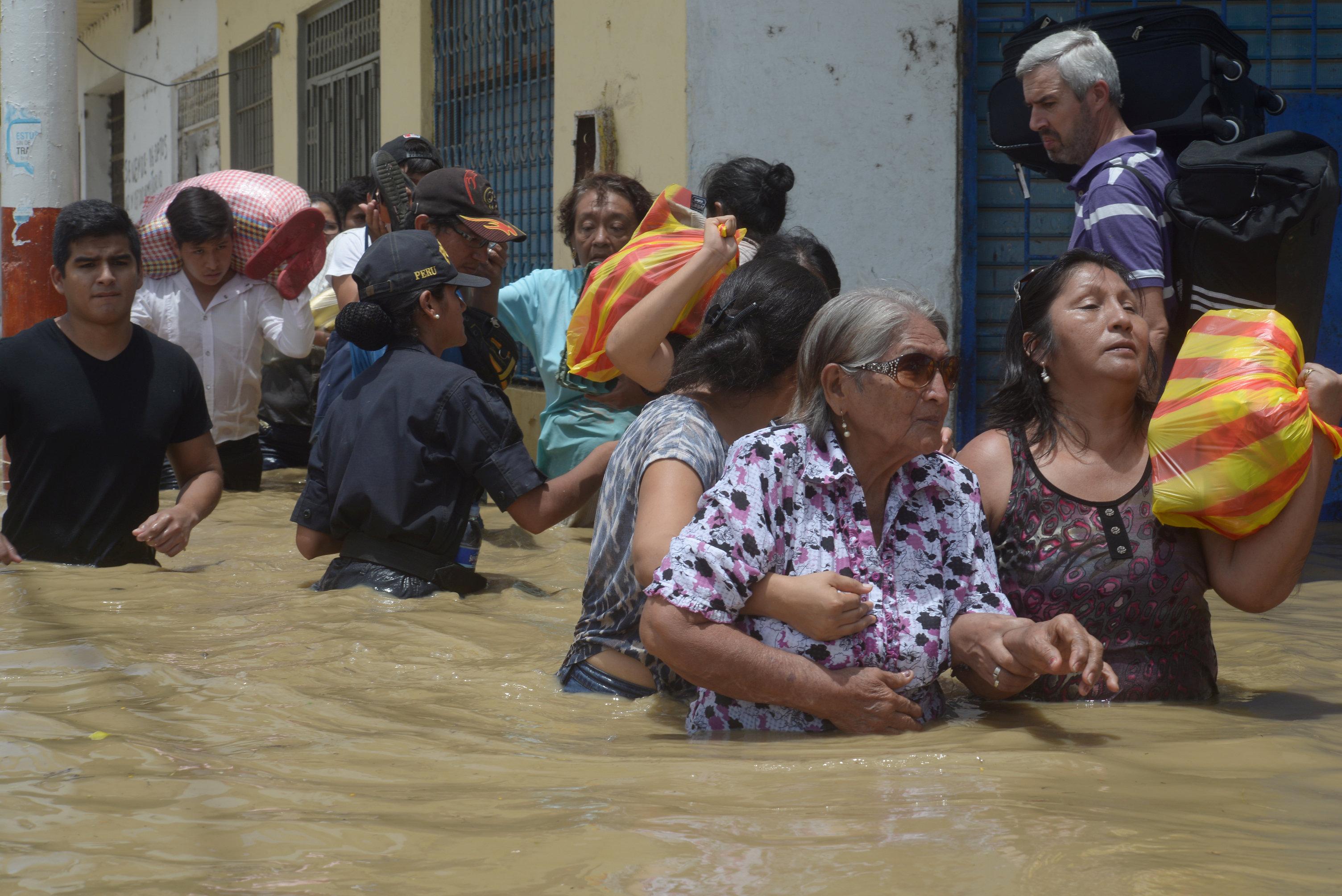 فيضانات بيرو
