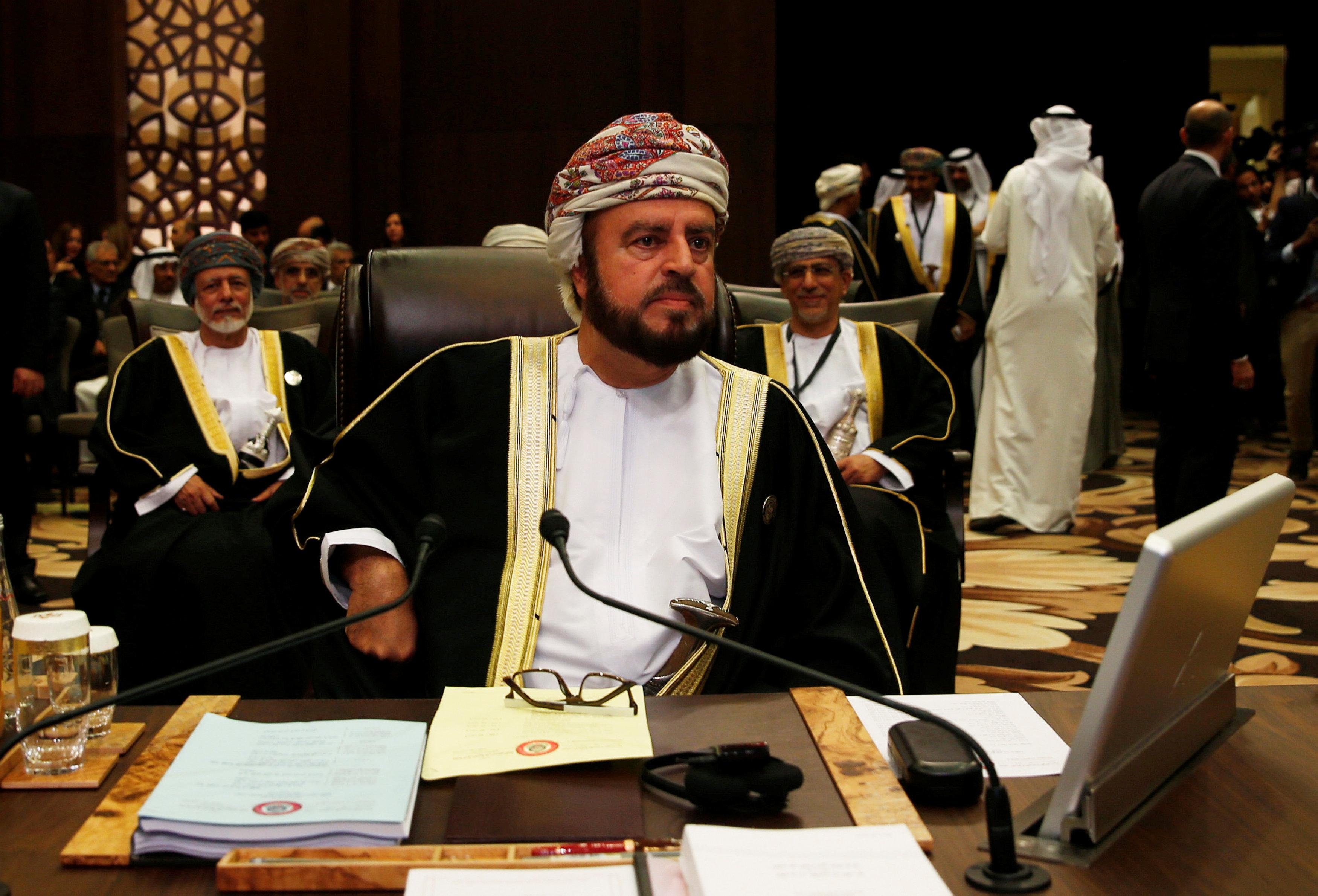 أسعد بن طارق ال سعيد نائب رئيس الوزراء العمانى