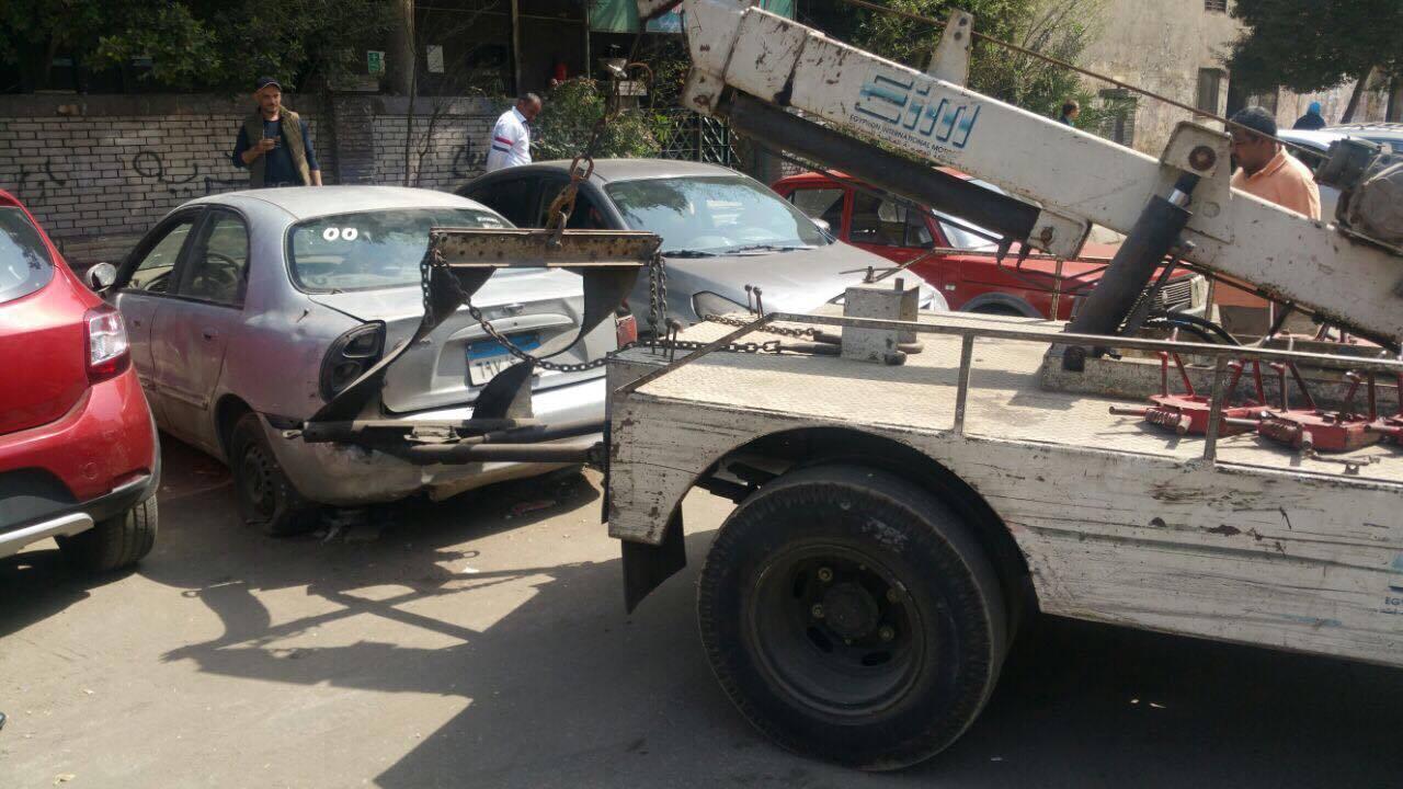 مرور القاهريرفع السيارات المتهالكه من الشوارع (2)