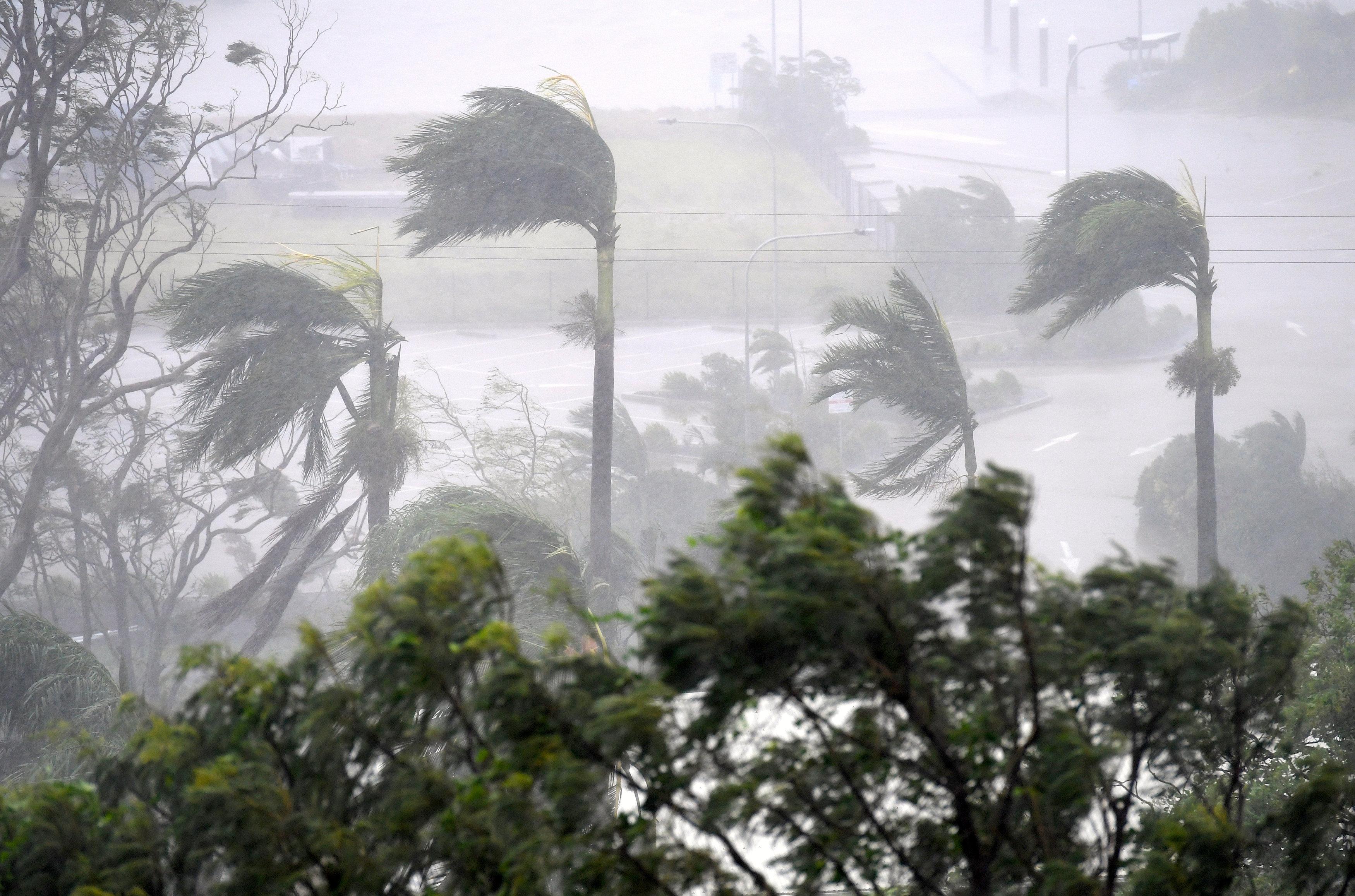 اعصار في استراليا (6)