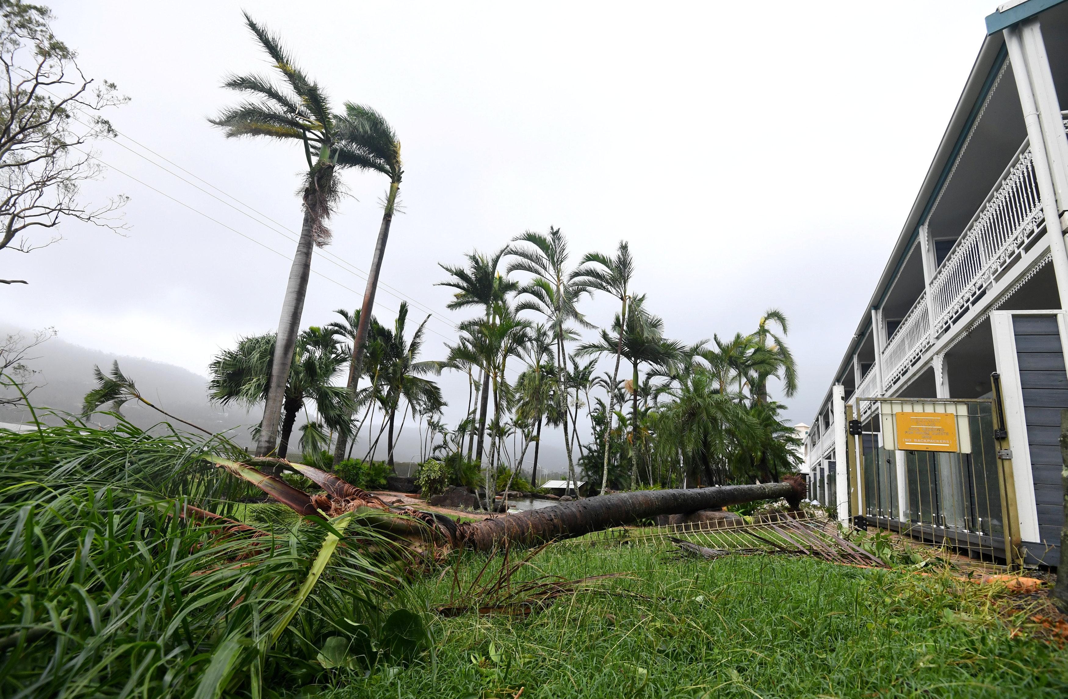 اعصار في استراليا (3)