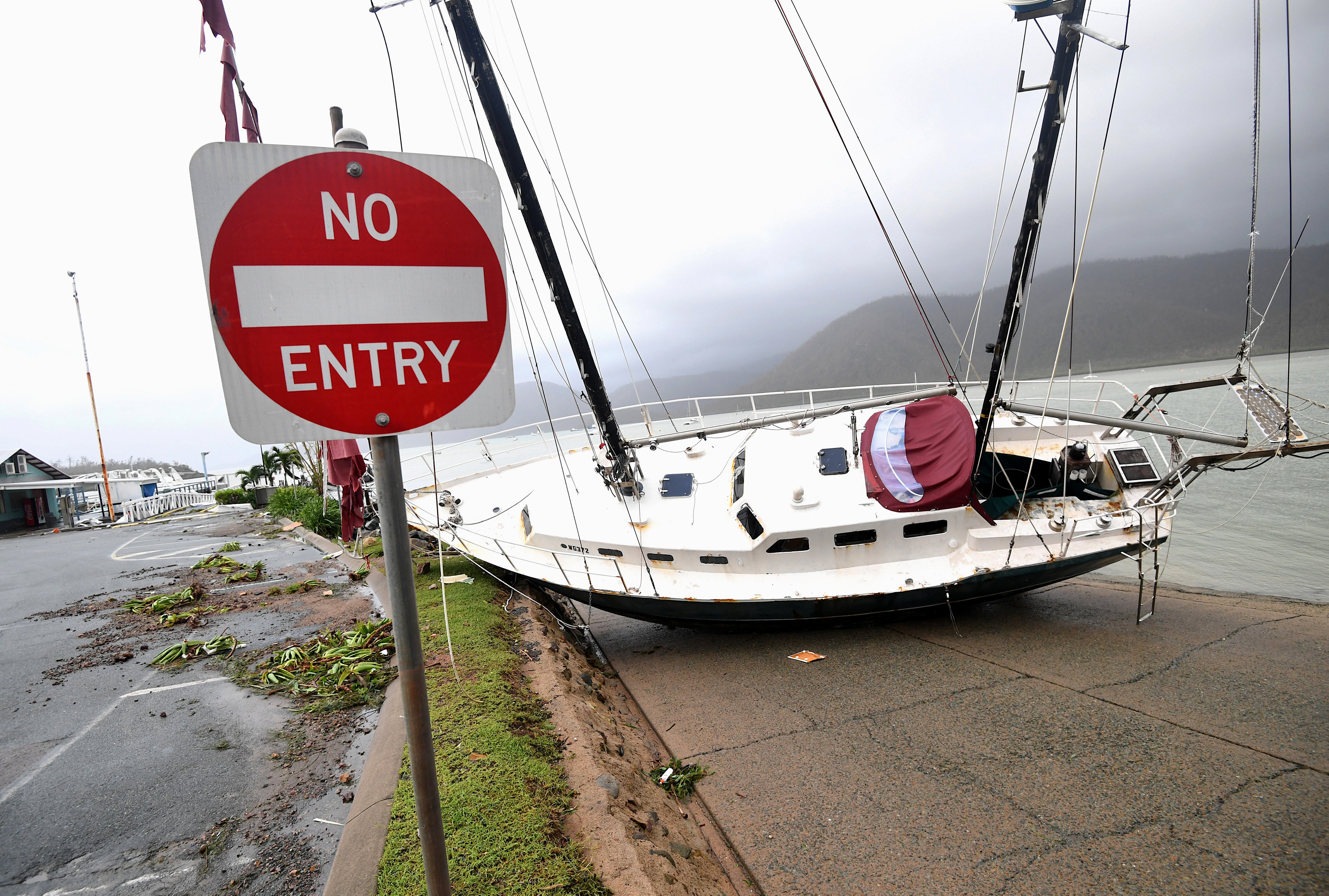 اعصار في استراليا (7)