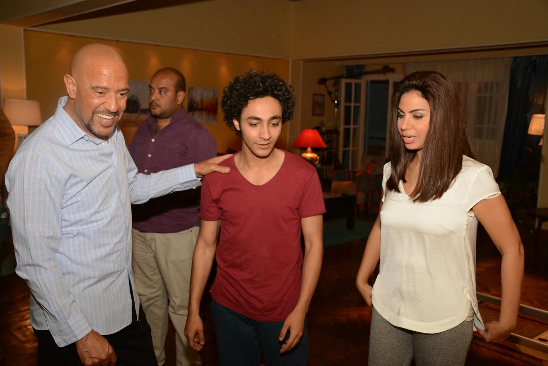 أشرف عبد الباقي في كواليس المسلسل (4)