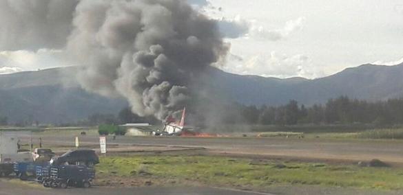 حريق طائرة بيرو