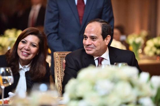 الرئيس المصرى الفتاح السيسى المستشاره 37945-%D8%A7%D9%84%D