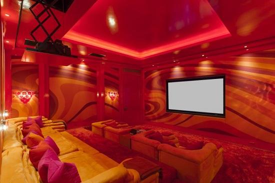 غرف بألوان نارية