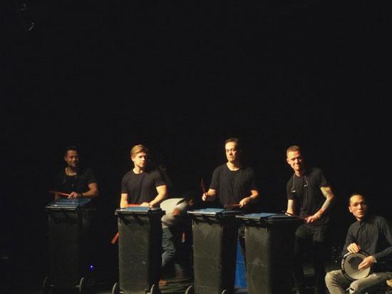 عرض موسيقى على مسرح الجزويت