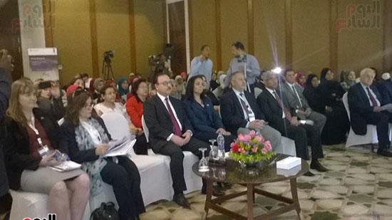 وزير الاتصالات يفتتح المؤتمر الأول للاتصالات وتكنولوجيا المعلومات من أجل المرأة والفتاة المصرية