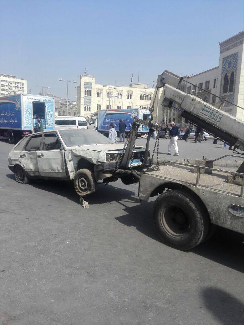 رفع سيارات متهالكه من شوارع القاهره (2)