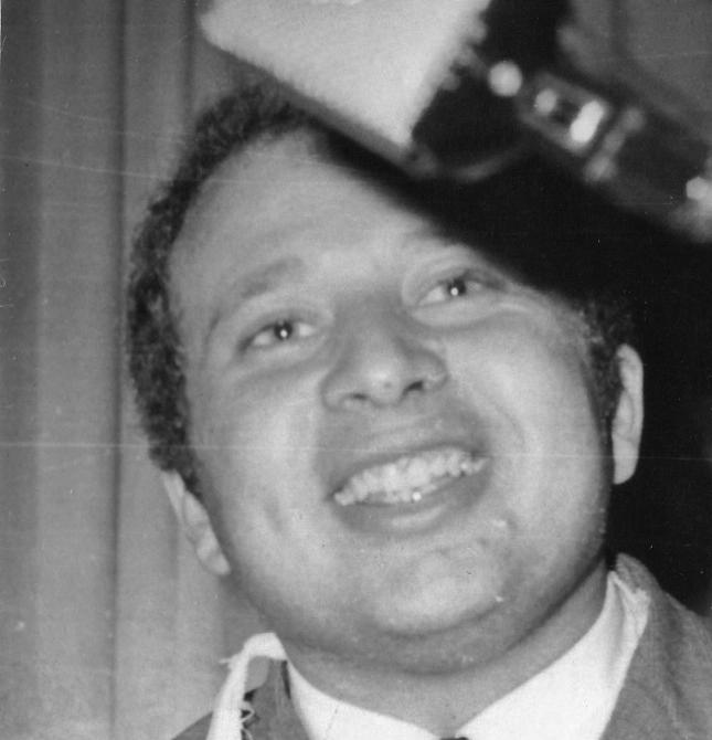 7-      عزت أبو عوف سنة 1968