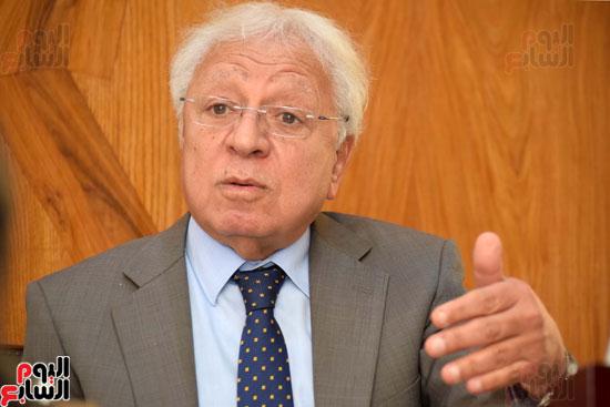 حوار دكتور شوقي السيد محامي احمد شفيق (8)