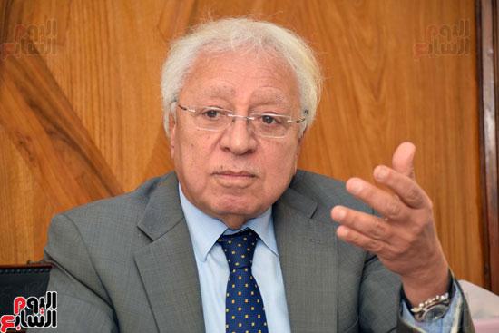 حوار دكتور شوقي السيد محامي احمد شفيق (6)