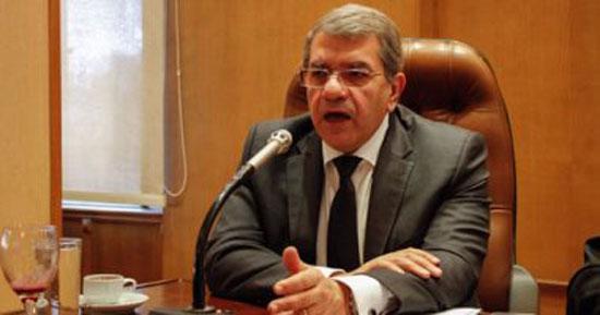 11-عمرو-الجارحى-وزير-المالية