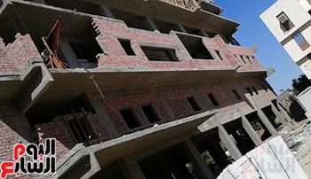 مطالب بإنتظام العمل بإنشاءات مستشفى إدفو