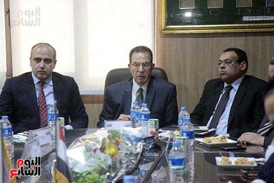 اجتماع رؤساء أندية فروع مجلس الدولة لمناقشة رؤساء الهيئات القضائية (12)