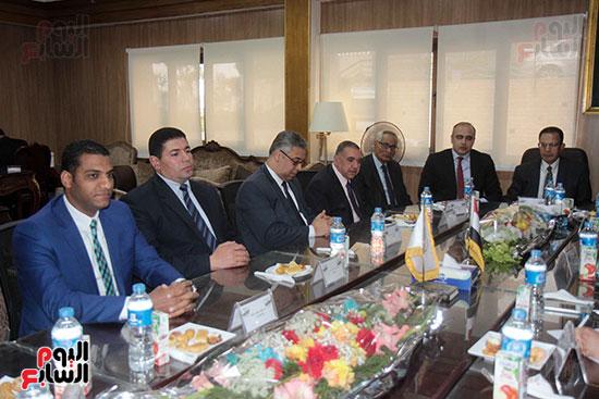 اجتماع رؤساء أندية فروع مجلس الدولة لمناقشة رؤساء الهيئات القضائية (15)