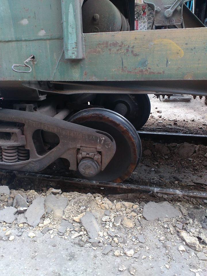 خروج قطار عن القضبان (1)