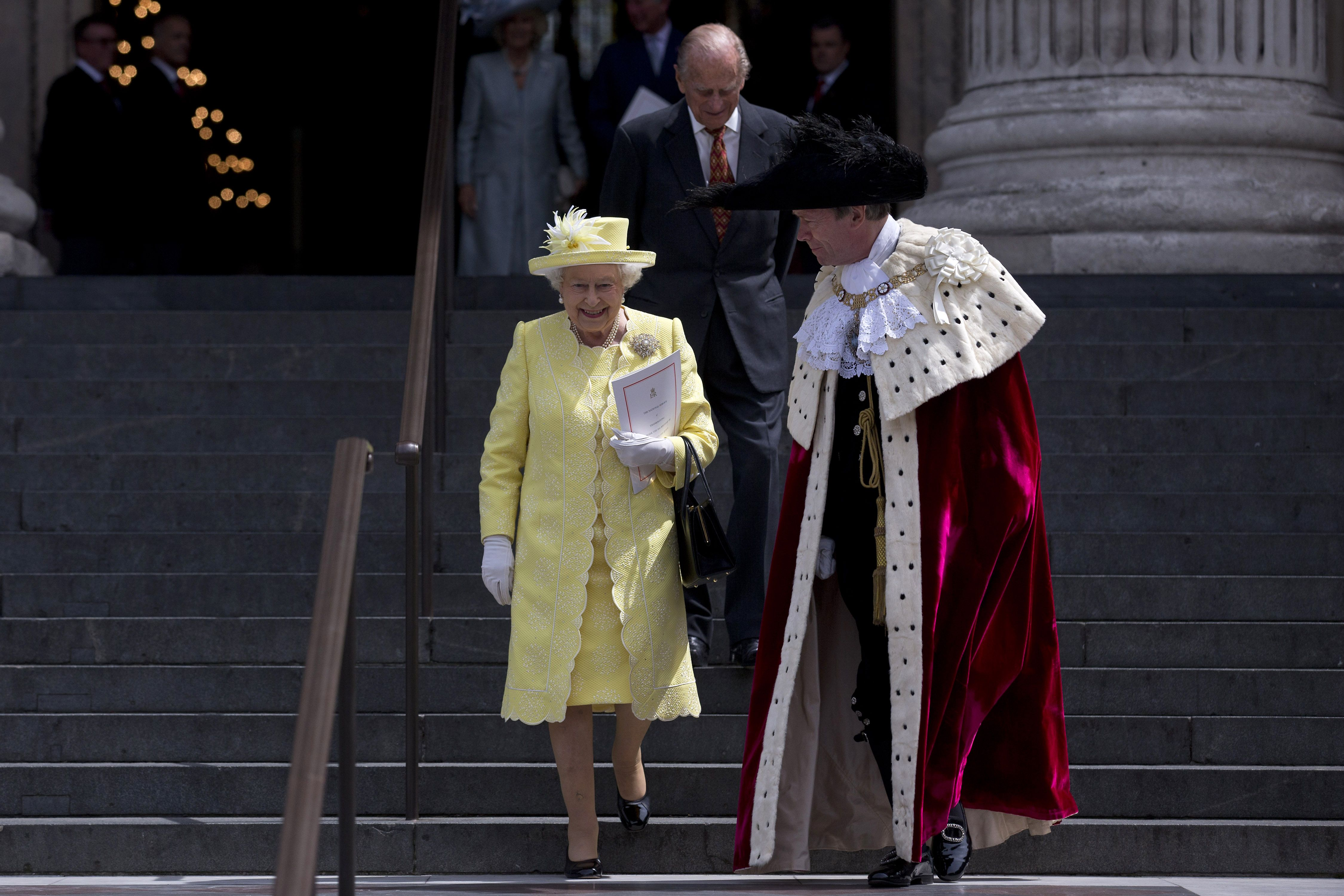 الملكة إليزابيث تستعد للاحتفال