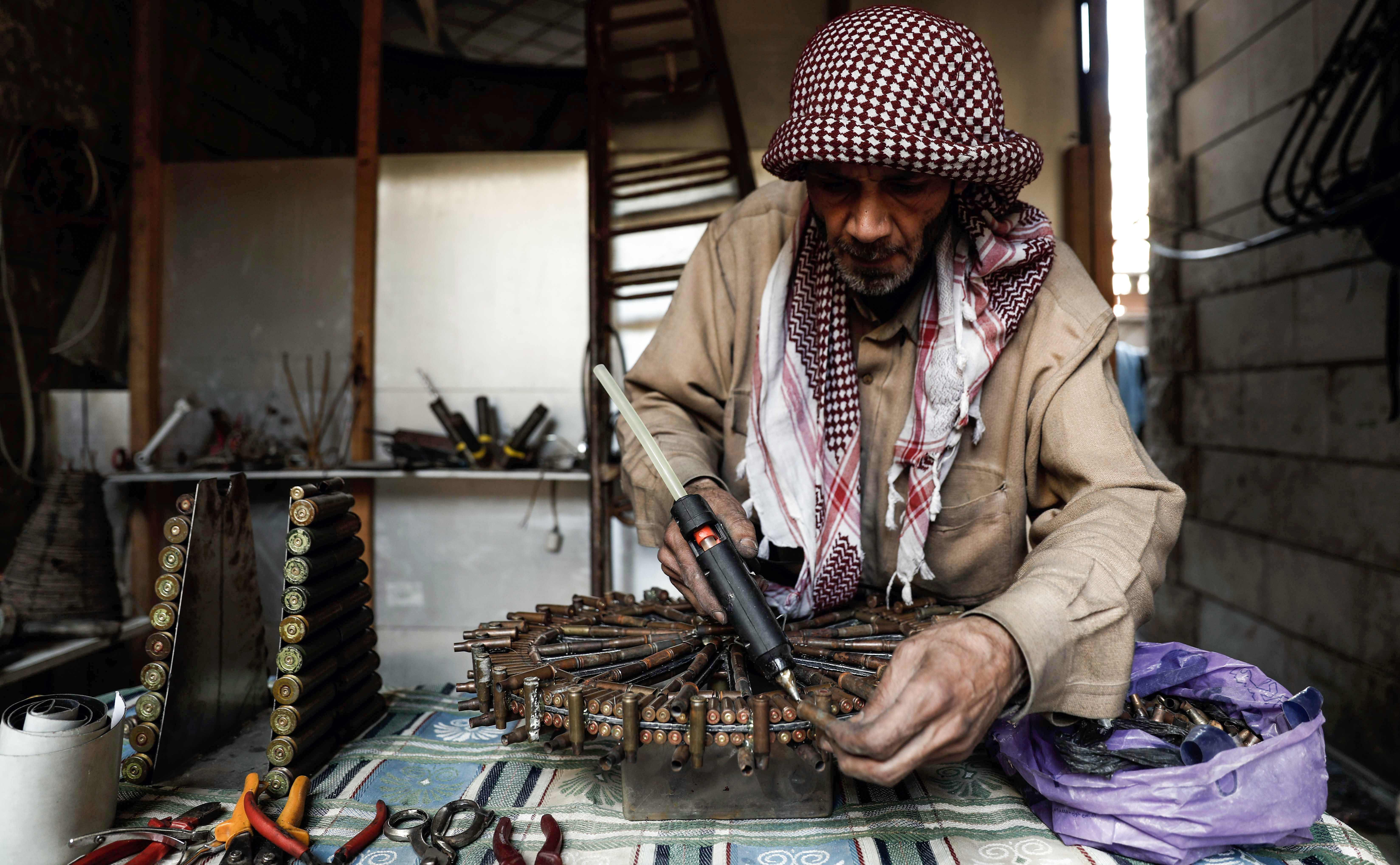 ورشة السورى أبو علي البيطار