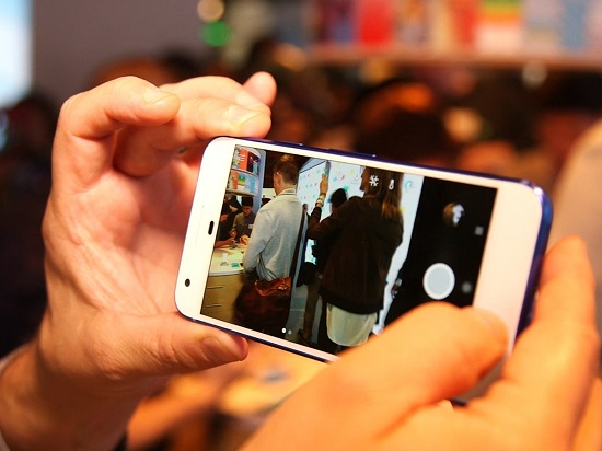 بالصور تعرف أفضل هواتف ذكيه متاحه الأسواق 64784-%D8%AC%D9%88%D