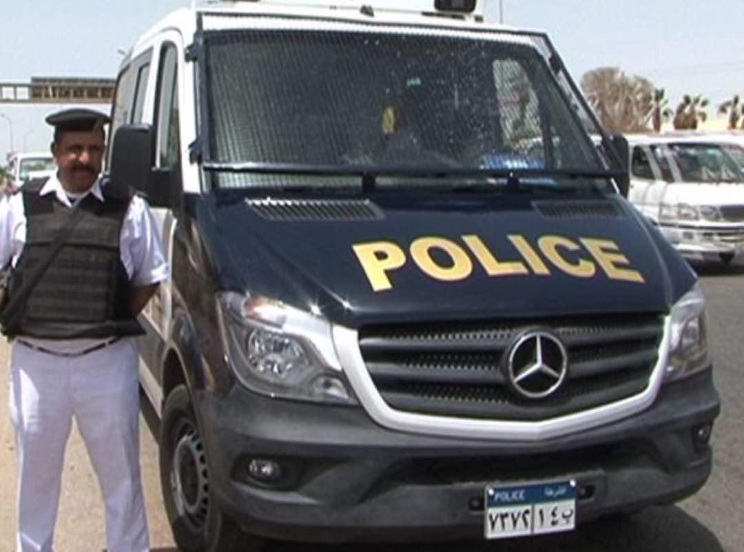 سيارات شرطة حديثة  (3)