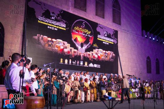 الطبول من أجل السلام مهرجان القلعة بحضور وزير الثقافة (33)