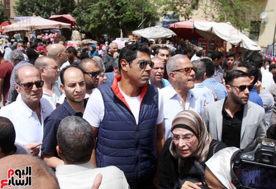 تشييع جثمان والدة المخرجين شريف وعمرو عرفة (10)