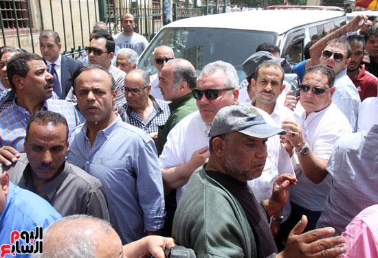 تشييع جثمان والدة المخرجين شريف وعمرو عرفة (1)