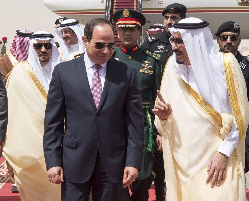 الملك سلمان يستقبل الرئيس السيسى (2)