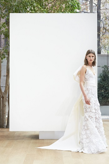 5f3ddf4084acc بالصور.. المجموعة الكاملة لـOscar de la Renta باسبوع فساتين الزفاف ...