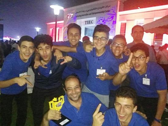 جانب من الطلاب المشاركين بمسابقة ايتيدا