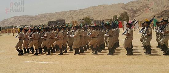 طابور العرض العسكرى للقوات بالحفل