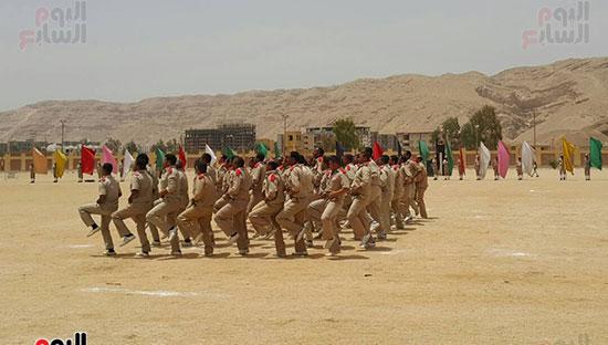 استعراض لكفاءة القوات بأرض التدريب
